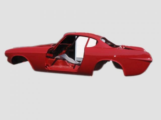 Restauration nach Kundenwunsch bis zum kompletten Neuaufbau: Karosserie P1800 vor der Montage.